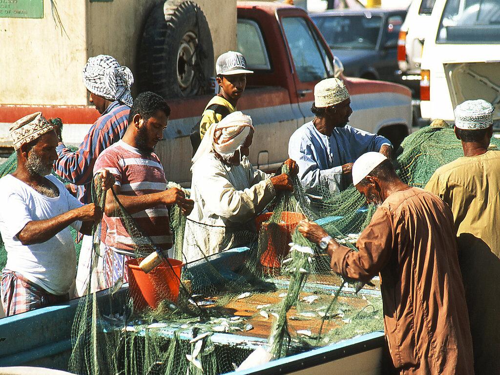 Fischer in Matrah / Fishermen at Muttrah (1994)